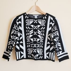 H&M Black & White Cropped Jumper (Size Small)